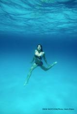 girl-underwater M.Entero